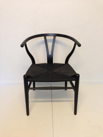 hans j wegner y stol sortmalet b g nylakeret og nyflettet design m bler. Black Bedroom Furniture Sets. Home Design Ideas
